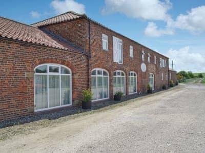 Exterior | Peregrine Cottage - Beacon Farm, Flamborough