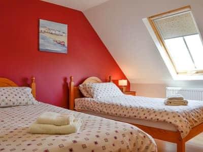 Twin bedroom | Yardie, Buckie