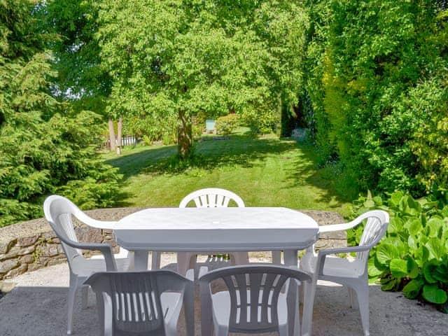 Cobblestones The Garden Room Ref 15536 In Marldon Near