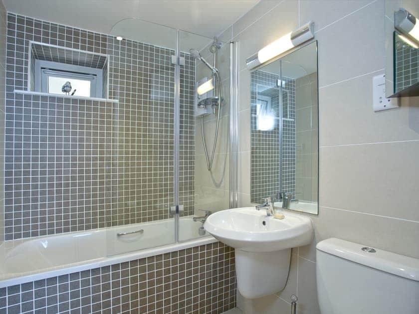 Bathroom | Avocet 1, The Cove - The Cove, Brixham