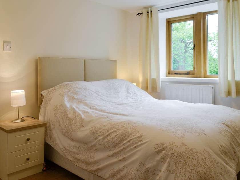 Relaxing en-suite double bedroom | Cumberland House, Orton, near Appleby