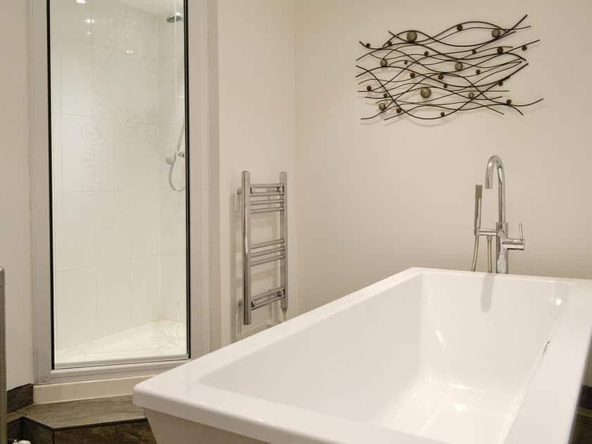 En-suite bathroom | Cumberland House, Orton, near Appleby