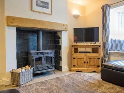 Comfortable living room with wood burner   Mariner's Cottage, Lindale, near Grange-over-Sands
