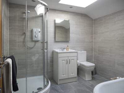 Bathroom with additional shower cubicle   Mariner's Cottage, Lindale, near Grange-over-Sands