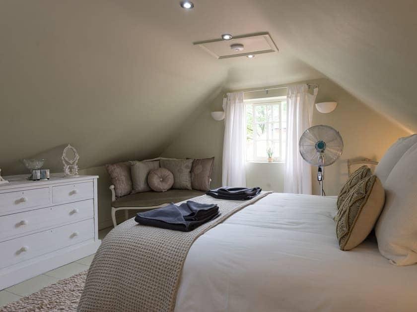 Double bedroom   Joll's Cottage, Greetham, near Horncastle