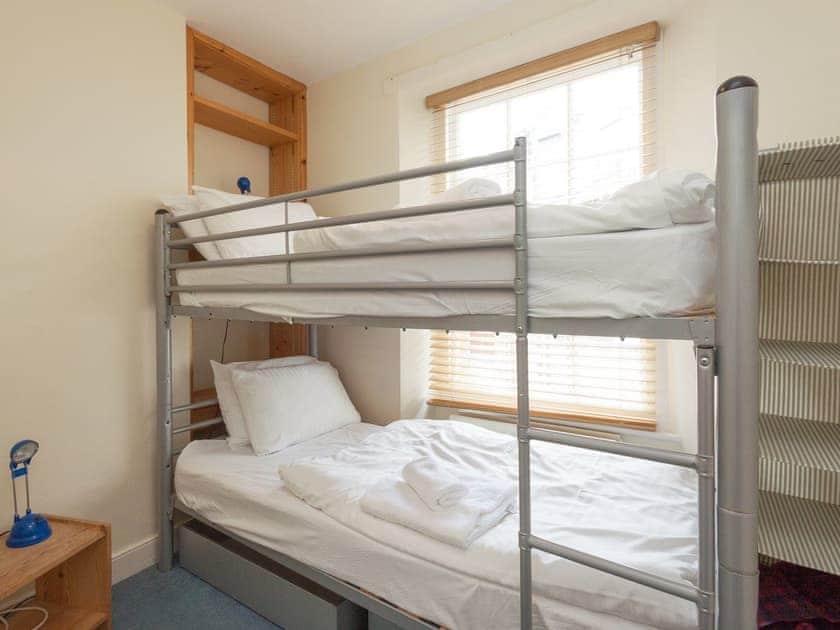 Bunk bedroom | Courtenay Street 5, Salcombe