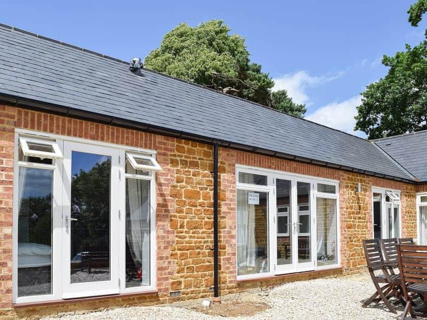 Bay Tree Cottage Accommodation - Weaver's Retreat