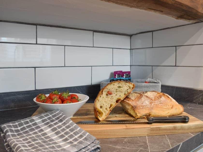 Well equipped kitchen   Pensarnau, Sarnau, near Tresaith