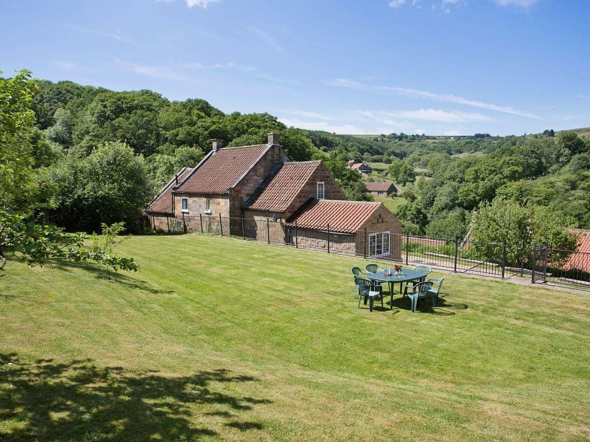 Awe Inspiring Kelp House Ref Ins In Littlebeck Near Whitby Yorkshire Home Interior And Landscaping Oversignezvosmurscom