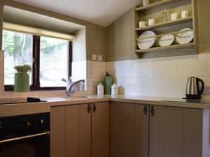 Normanton Park Cottages - Copper Beech Cottage