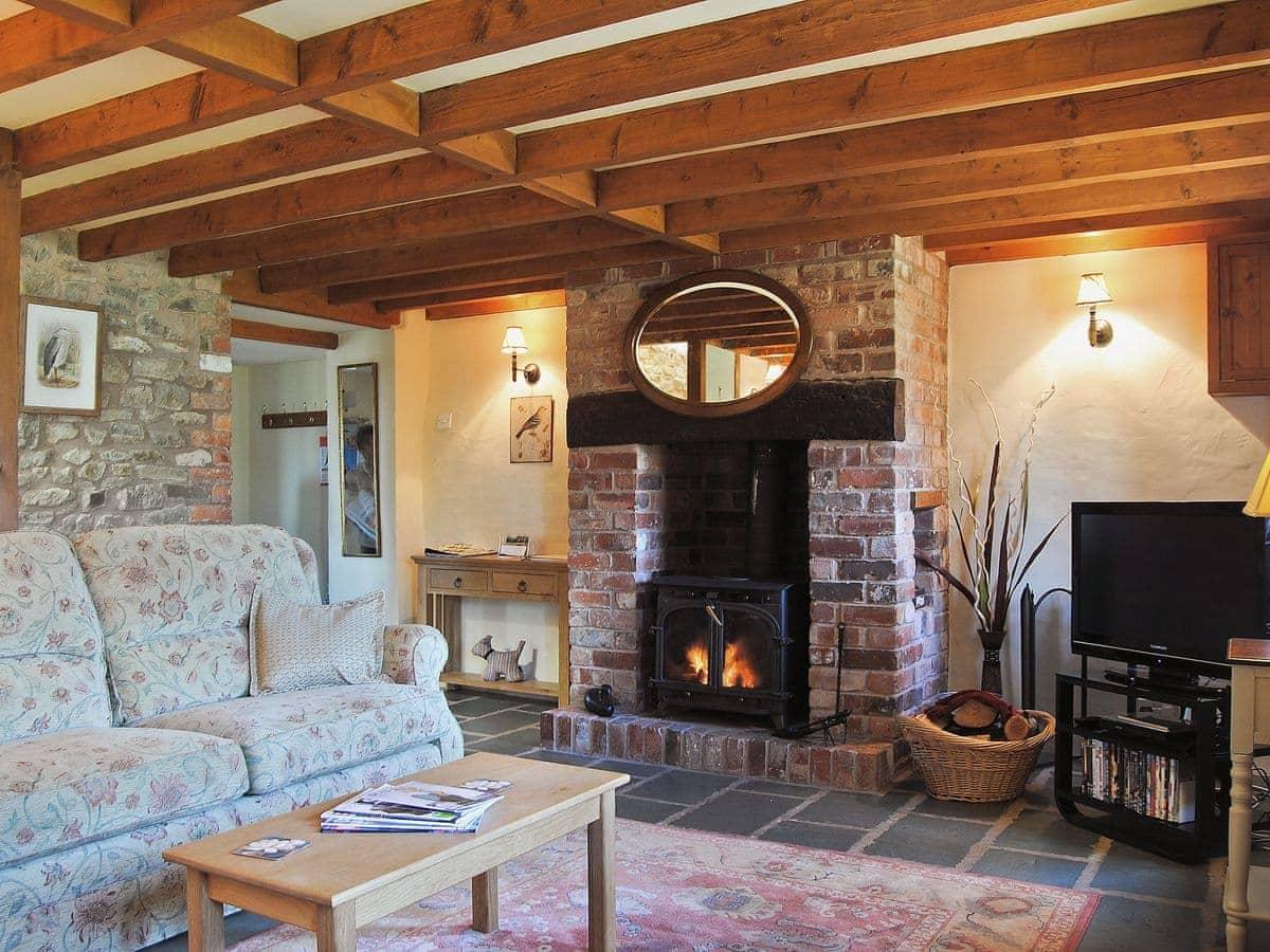 hope park farmhouse - heron (ref rga) in , shropshire | english