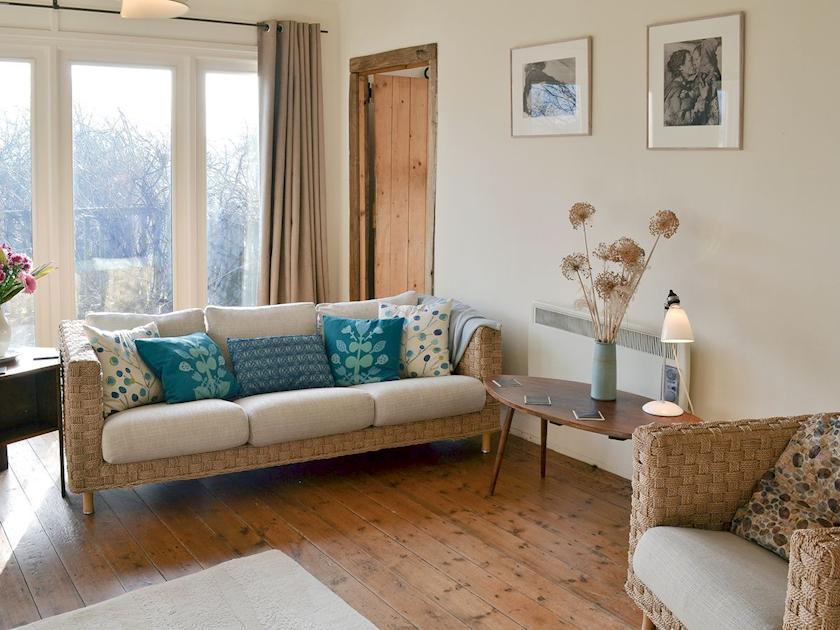 Living room area | Infield, Pett