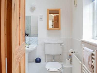 Ground floor shower room with lovely tiling | Acorn Cottage - Kirkburn Cottages, Kirkburn, near Driffield