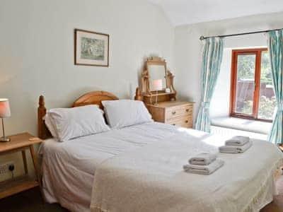 Double bedroom | Oaks Farm Cottage, Ambleside