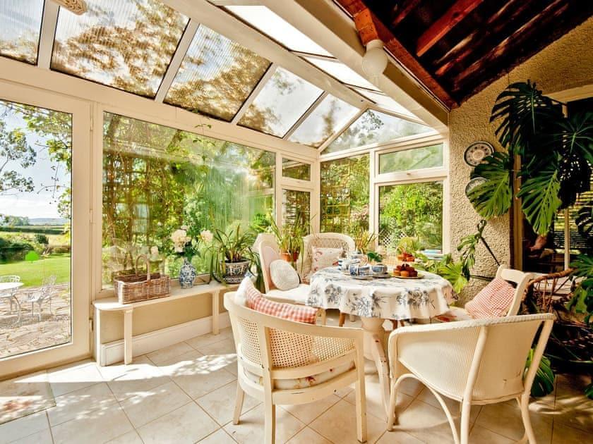 Conservatory | Bellevue, Harewood End