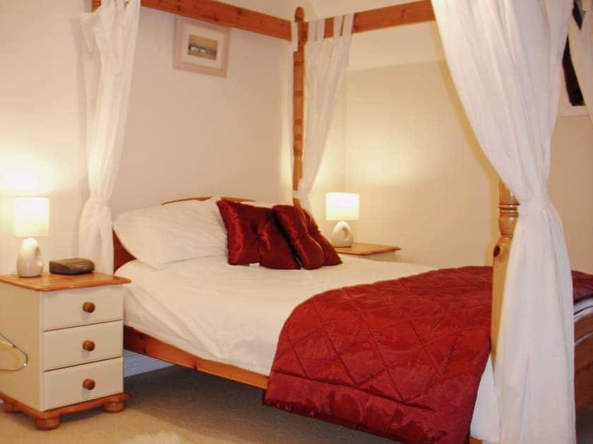 Four Poster bedroom | Trewethen - Atlantic Cottage, Tregatta, nr. Tintagel