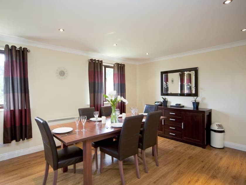 Dining room | Rosecraddoc Manor - Lake View Villas, Liskeard
