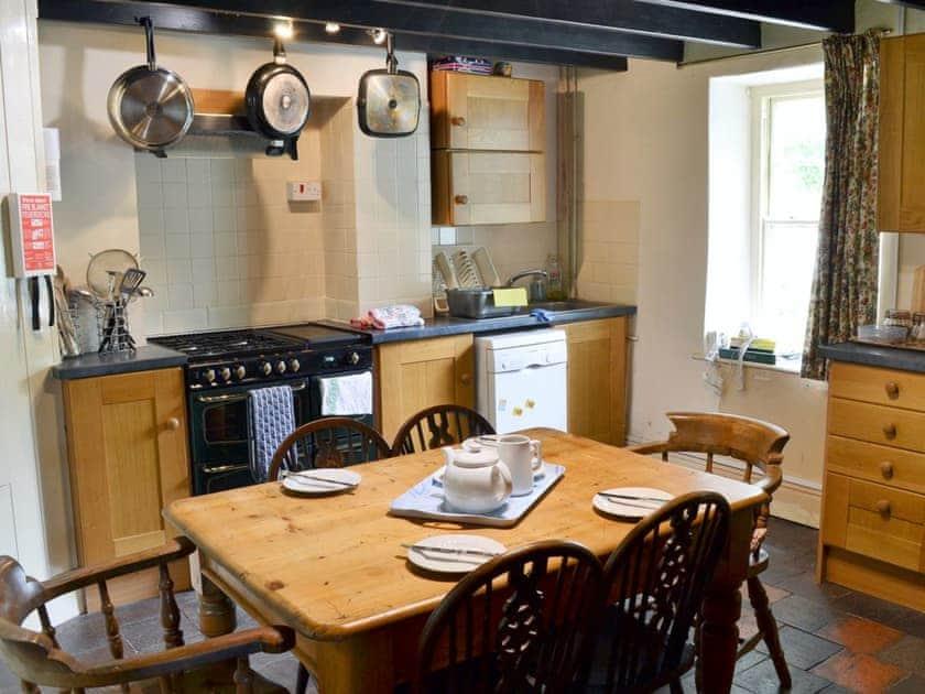 Kitchen/diner | Rwgan, Blaencelyn, nr. Llangrannog