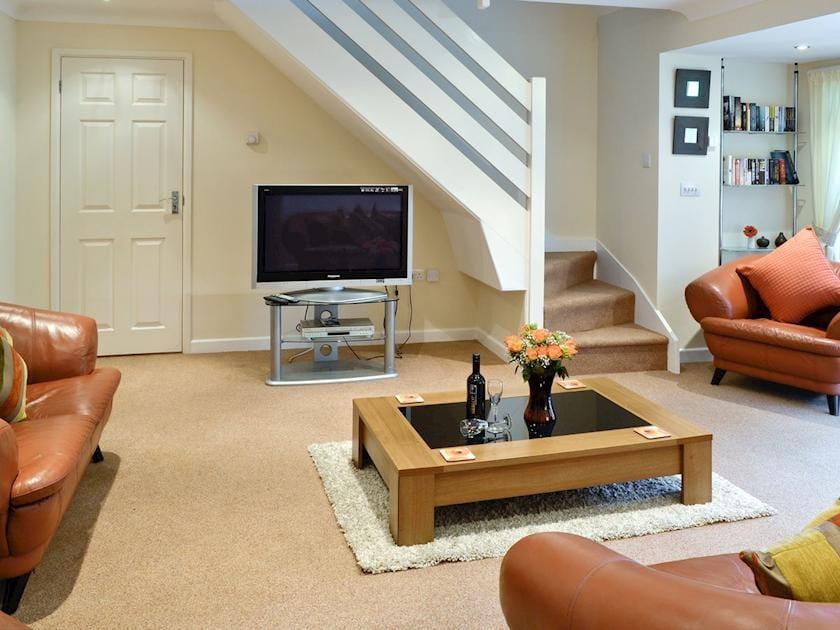 Spacious living room | Riverside Cottage - Rosecraddoc Manor, Liskeard