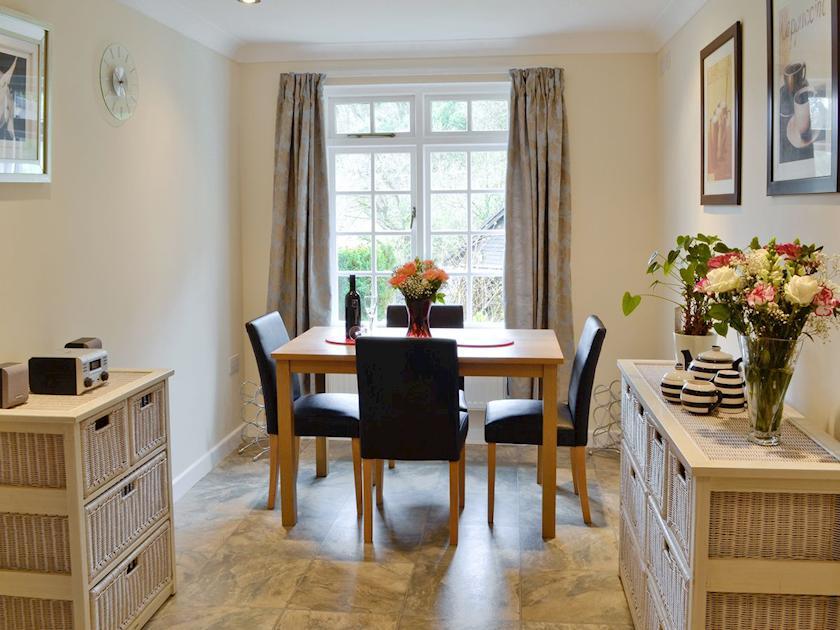 Intimate dining area | Riverside Cottage - Rosecraddoc Manor, Liskeard