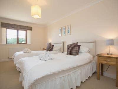 Twin bedroom | High View, St Minver, nr. Wadebridge