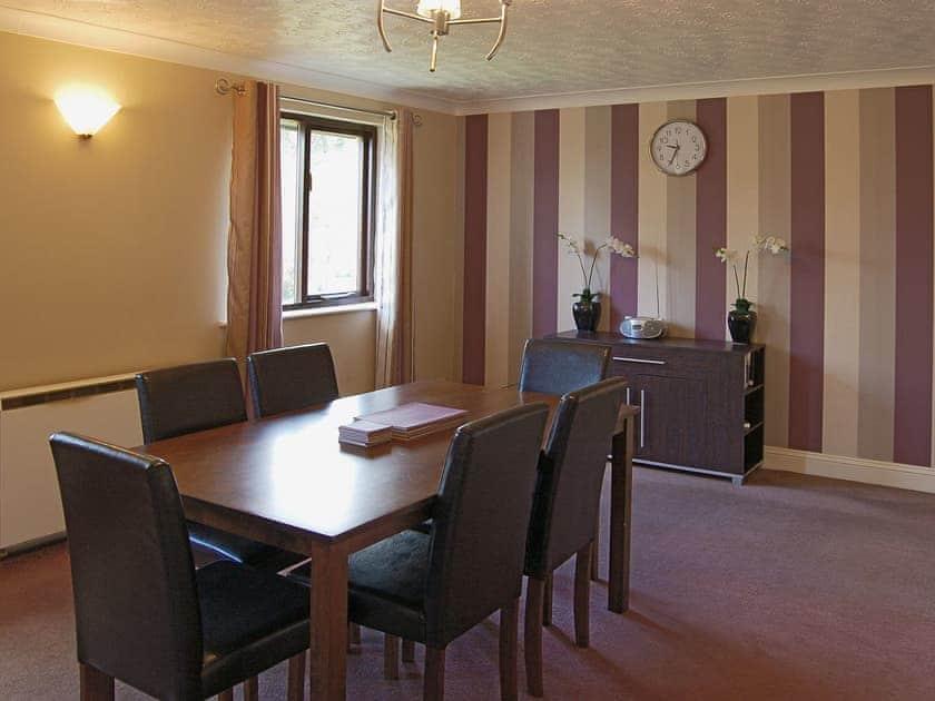 Dining Area | Rosecraddoc Manor - Lake View Villas, Liskeard