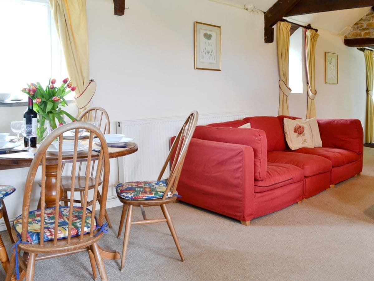 Higher Tresmorn Cottages - Little Wren