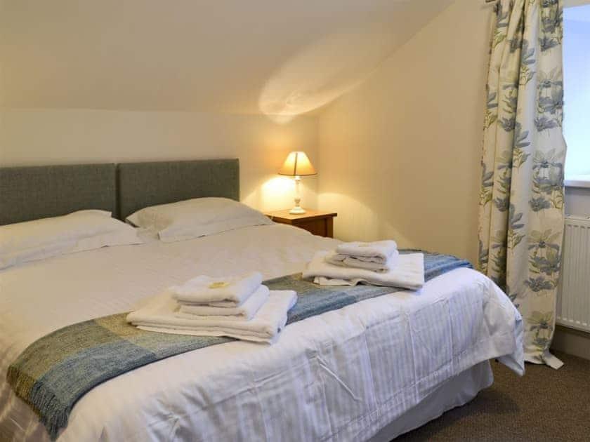 Twin bedroom   Oak Cottage, Crawfordjohn, nr. Biggar