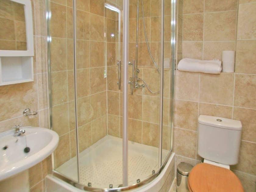 Shower room   Farthings, Colchester