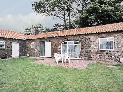 Beacon Farm - Guillemot Cottage, Flamborough