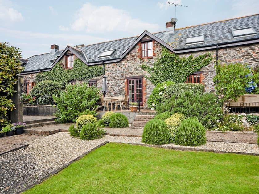 Exterior | Tarragon Cottage - Nethway Farm, Kingswear