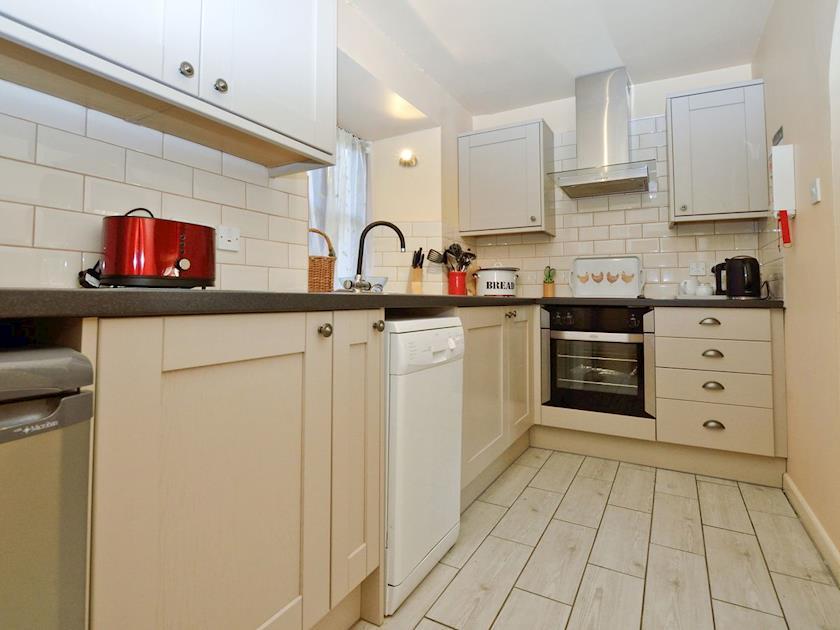 Kitchen | Lovage Cottage - Nethway Farm, Kingswear