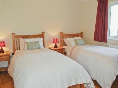 Twin bedroom | Blaencannog Newydd, Ciliau Aeron, nr. Aberaeron