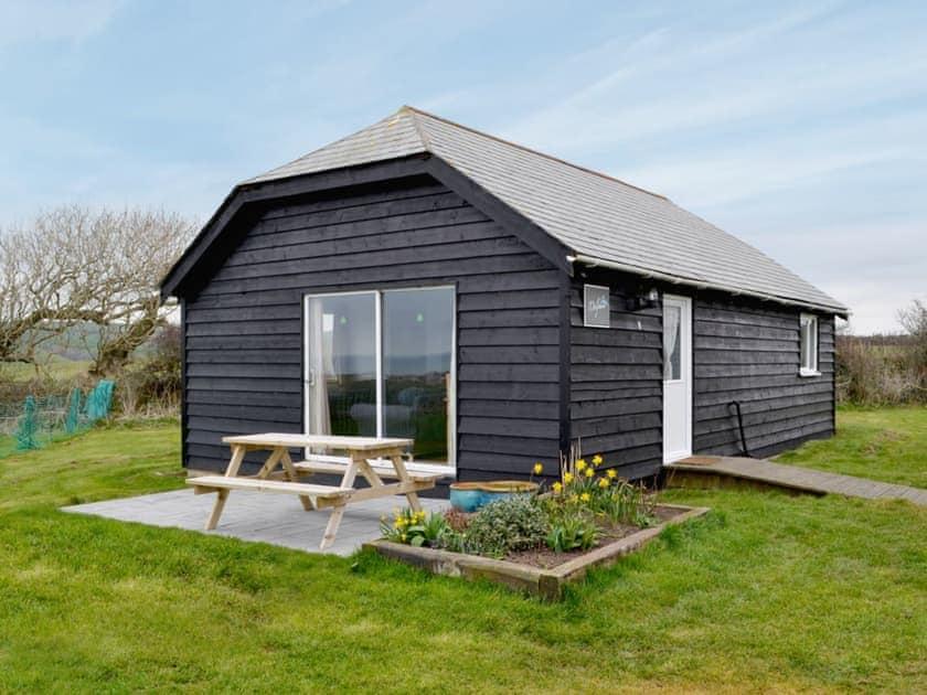 Trewetha Farm Lodges - Dolphin Lodge