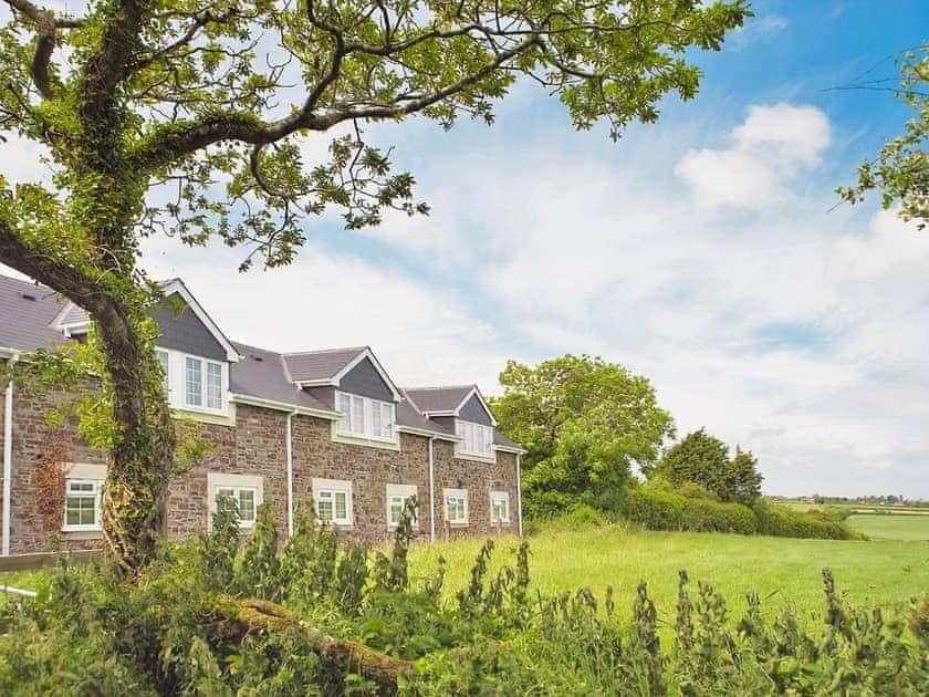 Moorhead Farm - Barn Apartments | Moorhead Farm - Chaffinch, Woolsery, nr. Clovelly