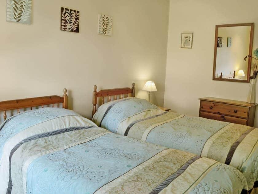 Twin bedroom | Brunskill Cottage, Simonstone near Hawes