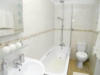 Bathroom | Harbour Mews, Broadstairs