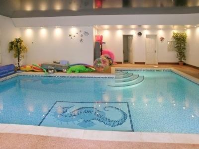 Swimming pool | Chanctonbury, East Preston