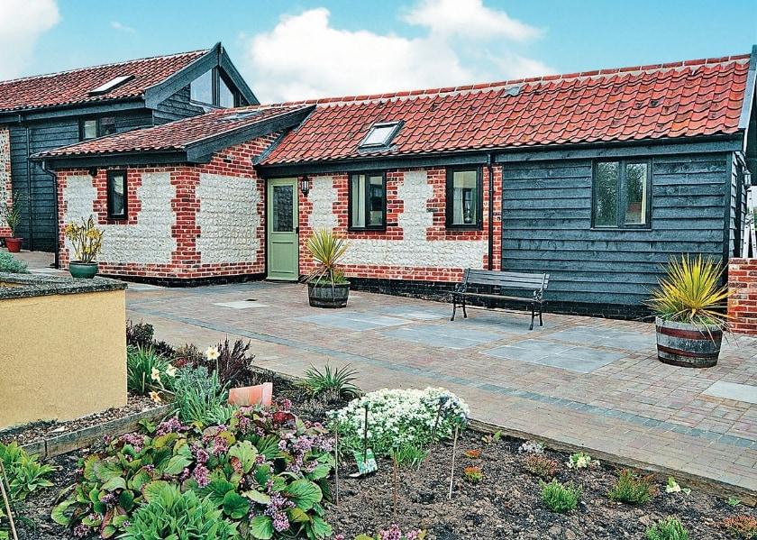 Pheasant Barn (right) Partridge Barn (higher roofline) | Partridge Barn, Forncett St Mary