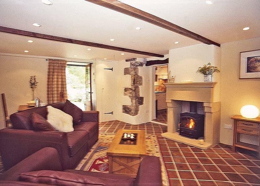 Calico Cottage sitting/dining room | Calico Cottage, Hope, nr. Castleton