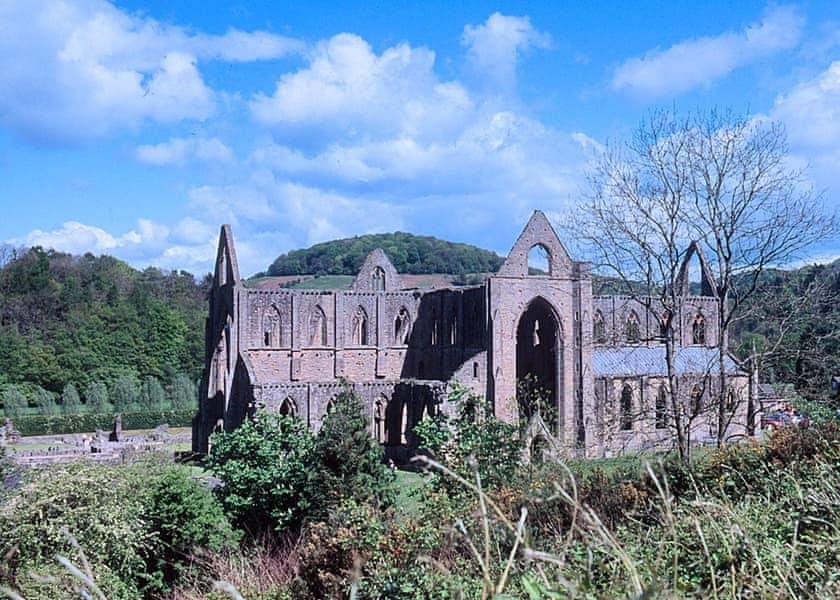 Tintern Abbey | Cider Mill Lodge, Brockweir