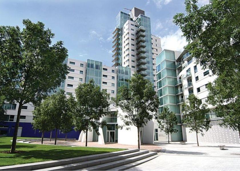 London Bridge Apartments