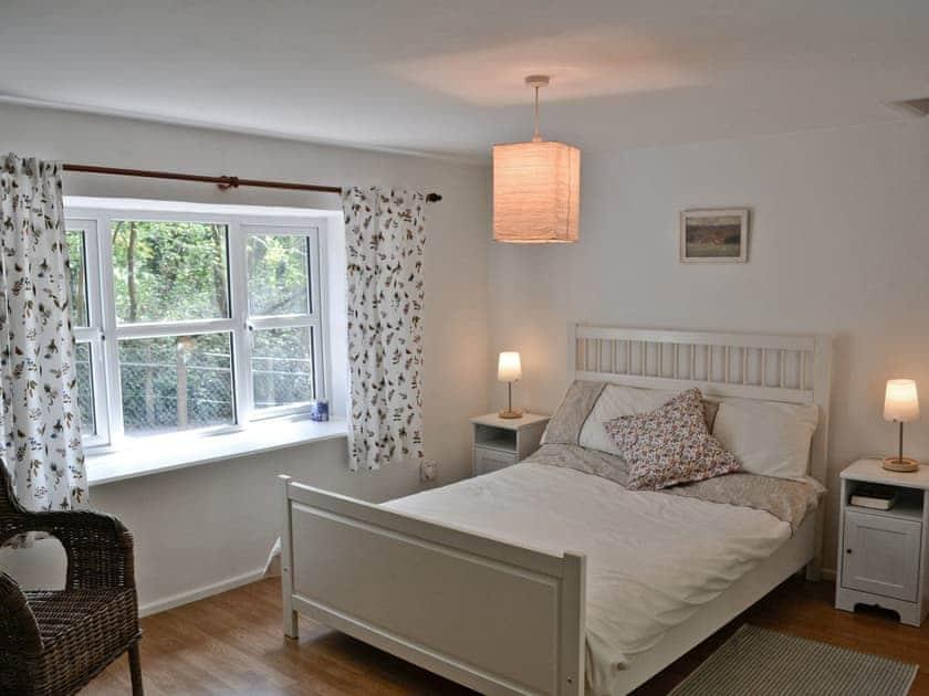 Double bedroom | Bridge Cottage, Penallt, Monmouthshire