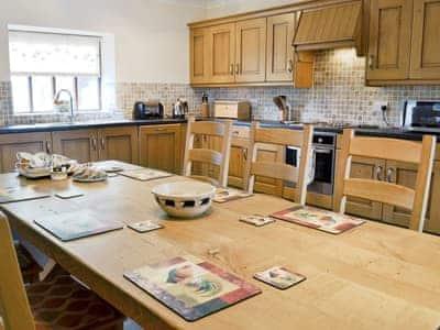 Kitchen/diner | Gadlas, Bontnewydd, nr. Caernarfon