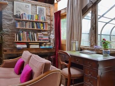 Living room/dining room | Llethrau Barn, Felindre, nr. Knighton