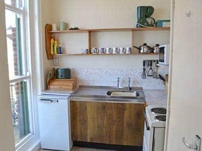 Kitchen | Suncourt Holiday Apartments - Bounty, Cromer