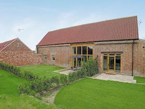 Mackinder Farms - The Hayloft