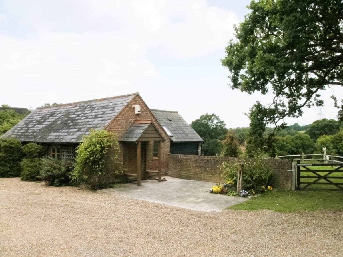Henley Cottage, Catsfield | cottages.com
