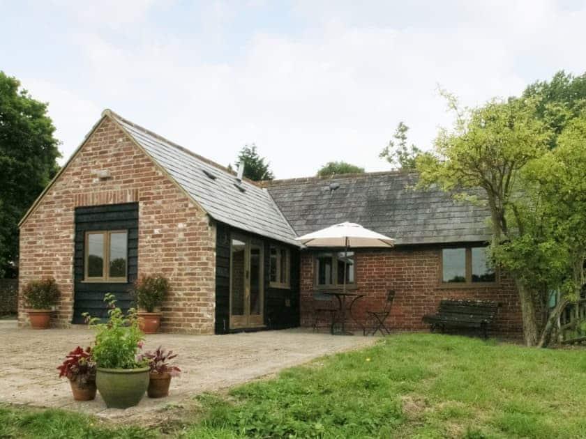 Exterior   Henley Cottage, Catsfield, nr. Battle