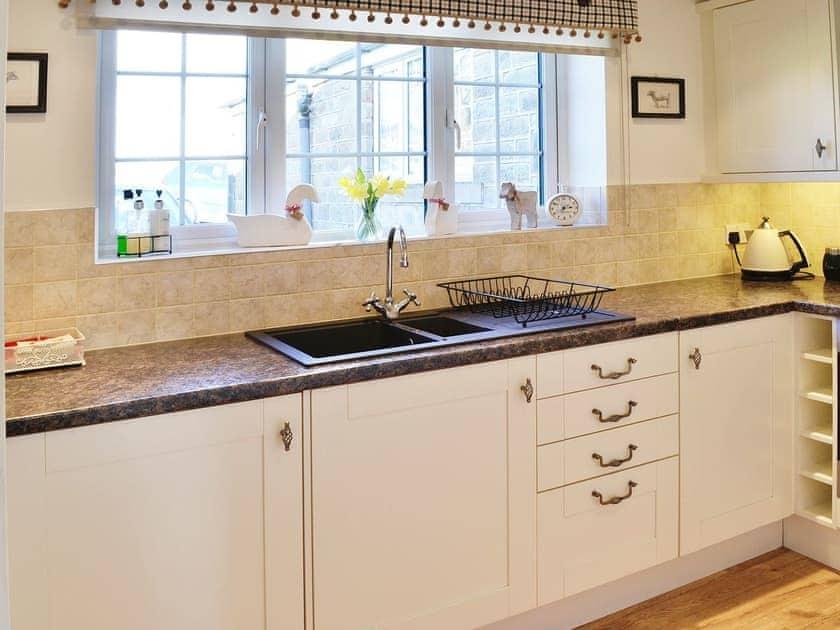 Kitchen | Cherry Blossom Cottage, Kettlesing near Harrogate